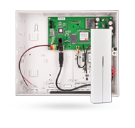 Control panel with GSM / GPRS communicator and radio module